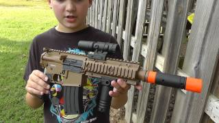 getlinkyoutube.com-Riley - Tactical Assault Rifle - $5 from Dollar General