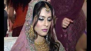 getlinkyoutube.com-Beautiful Wife Shahid Afridi