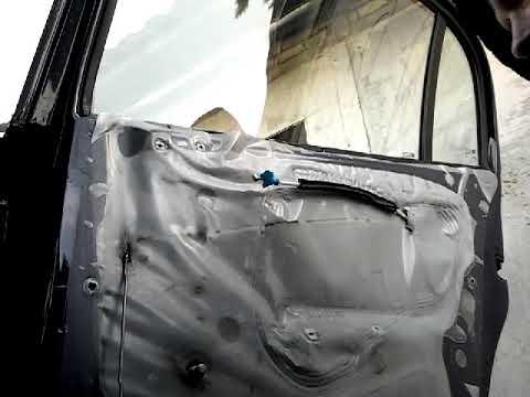 Где находится предохранитель боковых зеркал у Opel Agila