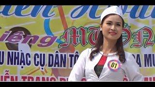 getlinkyoutube.com-Trình diễn trang phục dân tộc Mường và dân ca  Mường năm 2016
