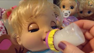 getlinkyoutube.com-Baby Alive Feeding and Changing with Beatrix