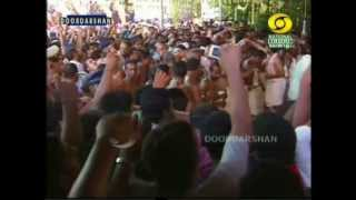 getlinkyoutube.com-Thrissur Pooram_ilanjithara Melam 2012 part 1