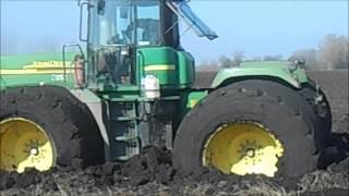 getlinkyoutube.com-John Deere 9520 stuck in mud with Horsch Terrano and Horsch Jocker
