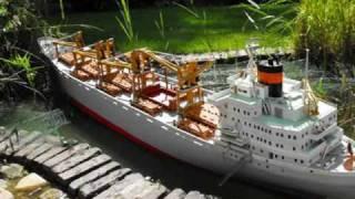 getlinkyoutube.com-NEDLLOYD SANTOS CARGO VESSEL RC SHIP BOAT