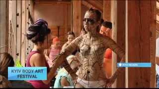getlinkyoutube.com-Ethnic Parade Of Body Painting: Ukrainian Body Artists Hold Festival In Kyiv
