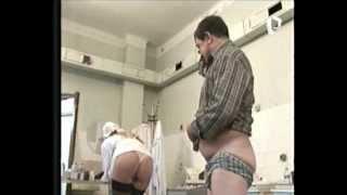 getlinkyoutube.com-enfermera sexy al desnudo