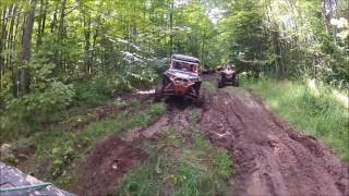 getlinkyoutube.com-Lifted RZR 900/1000 xp breaks reverse chain in thick mud