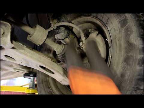 Как убрать стук дребезжащих суппортов Toyota Passo 2005 года Тойота Пассо
