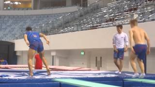 getlinkyoutube.com-Dry training fun - diving world series Dubai 2014