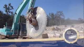 getlinkyoutube.com-BETEK Trenching: Block Cutter Excavator Attachement Saw Blade
