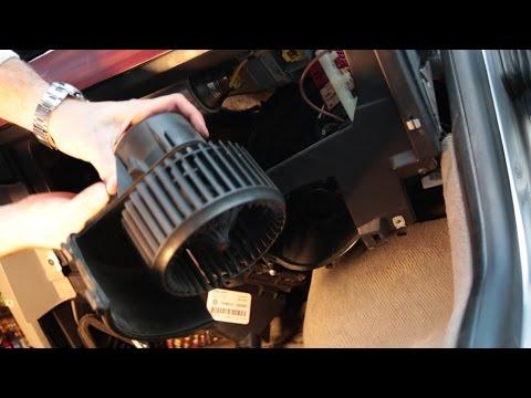 VW Multivan T5 2.5 TDI/vymena ventilatoru topeni a pyloveho filtru kabiny