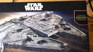 getlinkyoutube.com-Out of box review:  Bandai vs Revell Millennium Falcon