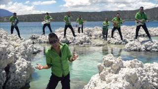 getlinkyoutube.com-Los Papis RA7 -Enamoradita Videoclip Oficial