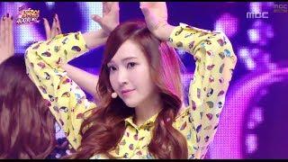 getlinkyoutube.com-Girls' Generation - Wait a minute, 소녀시대 - 웨잇 어 미닛, Music Core 20140308
