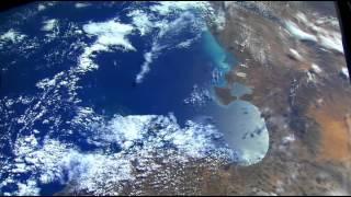 getlinkyoutube.com-La terre et la lune vues de l'espace