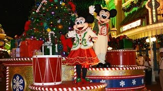 getlinkyoutube.com-Mickey's Once Upon A Christmastime Parade at Very Merry Christmas Party - w/ Frozen, Cinderella