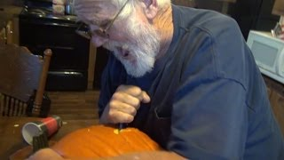 getlinkyoutube.com-Angry Grandpa vs The Pumpkin - 2