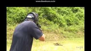 getlinkyoutube.com-[티비플] 세상에서 총을 가장 빠르게 쏘는 할배