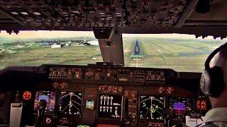 getlinkyoutube.com-Sunset Landing Nairobi - KLM Boeing 747-400F Cockpit View