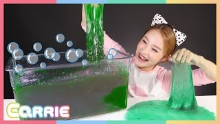 getlinkyoutube.com-소피아 바스볼과 슬라임 베프 장난감으로 캐리의 액체괴물 만들기 놀이 CarrieAndToys