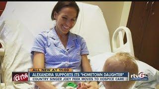 getlinkyoutube.com-Alexandria supports hometown daughter Joey Martin Feek