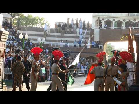 India Pakistan Wagah Border Ceremony 04