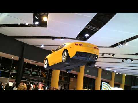Salon Del automovil - Auto Volador