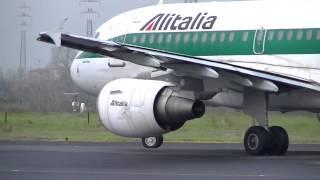 getlinkyoutube.com-Decollo A319 Alitalia - Aeroporto di Firenze (HD)