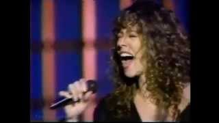 getlinkyoutube.com-Mariah Carey: Someday (Live at AMA 1991)