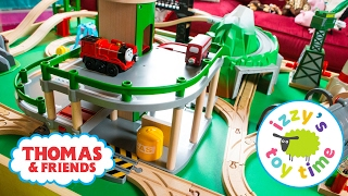 getlinkyoutube.com-Thomas and Friends | Thomas Train with Brio Parking Garage and KidKraft | Fun Toy Trains for Kids