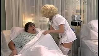 getlinkyoutube.com-La enfermera ingenua - AméricaTevé
