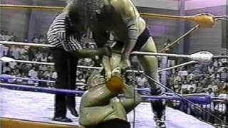 getlinkyoutube.com-WWC: Bruiser Brody vs. Abdullah The Butcher (Last Recorded Match)
