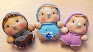 getlinkyoutube.com-Куклы-пупсы из носков. ПОДАРОК НА 8 МАРТА. мастер класс. Dolls out of socks