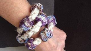 getlinkyoutube.com-Crochet a  papier mache bead bracelet.