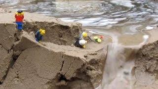 getlinkyoutube.com-Dam breach:  lego men in danger by the flood...