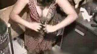getlinkyoutube.com-Look what went into her Boops