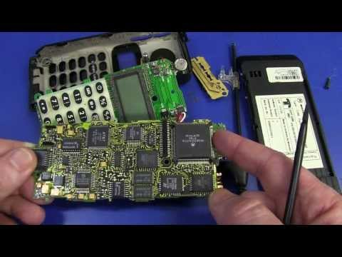 EEVBlog #492 - Vintage Motorola MicroTAC Mobile Phone Teardown