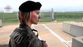 getlinkyoutube.com-Female Airman - Air National Guard