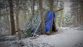 "getlinkyoutube.com-Building my off grid Winter Shelter Shack aka ""The Meth Lab"""