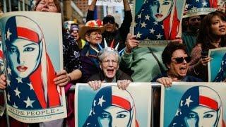 Music mogul leads pro-Muslim rally in NYC