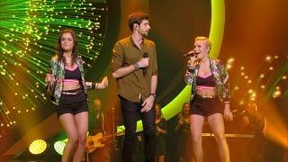 getlinkyoutube.com-Marthe en Jindra in een zwoel trio met de Spaanse Alvaro Soler | K3 Zoekt K3 | VTM