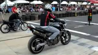 getlinkyoutube.com-Fail - Tombo de moto Hornet na arrancada