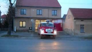 getlinkyoutube.com-Svolání jednotky SDH Liteň 27.3.12 Prověřovací cvičení - požár v bývalém učilišti.wmv