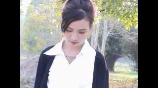 getlinkyoutube.com-Mee Vang - Mob Kuv Lub Siab
