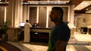 getlinkyoutube.com-Yo Yo Honey Singh & Mafia Mundeer @ DUBAI (Part 1)