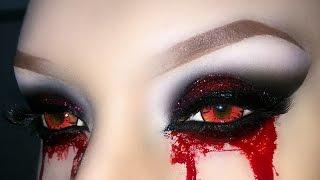 getlinkyoutube.com-Sexy Vampire / Demon / Zombie / Witch  Smoky Eyes with Glitter - Halloween Makeup Tutorial 2016