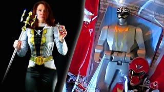 getlinkyoutube.com-Super Megaforce Silver Ranger Halloween Costume Review! (Power Rangers)