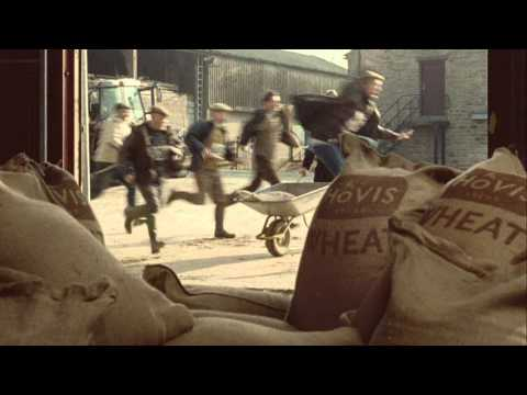 Hovis Farmers Race - TV advert (Hovis Soft White)