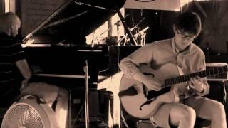 Brian de Lima & Lee Wallace - Don't Blame Me