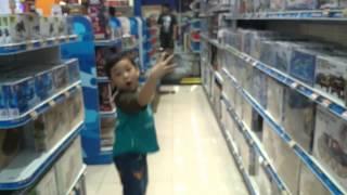 Keseruan Bermain di Toko Mainan Anak Toys Kingdom!